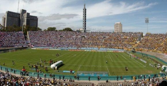 Estadio Centenario, sinónimo de pasión y clásico.
